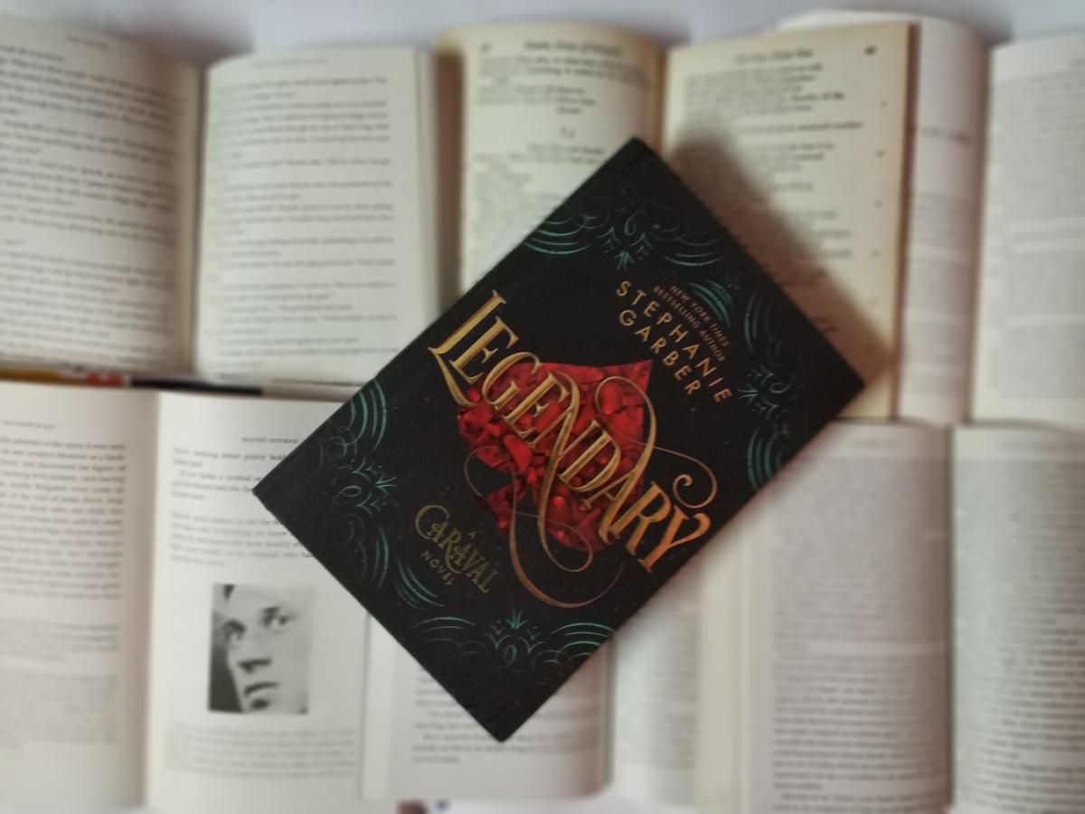 Caraval lives on with Legendary||Review of Legendary by StephanieGarber