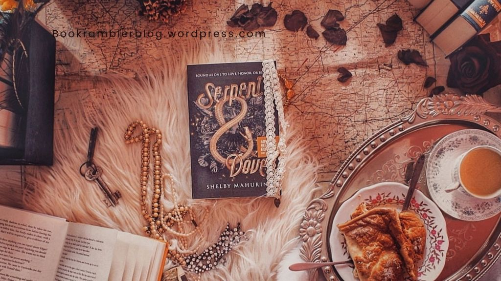 Of witches and their hunters...Serpent & Dove, written by Shelby Mahurin | ARC review